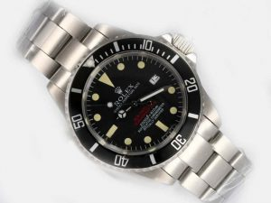 Rolex-Sea-Dweller-Black-Dial-And-Bezel-Vintage-Edition-Watch-62_1